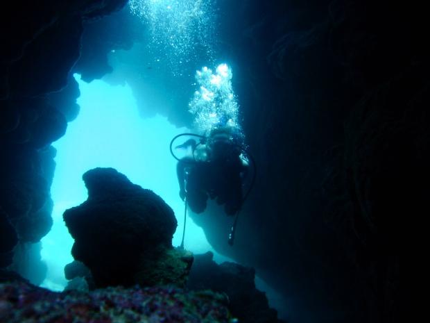 Underwater caves scuba diving Puerto Rico