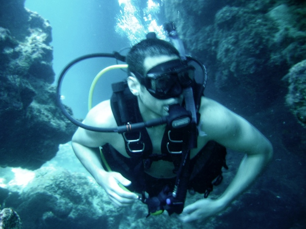 Scuba diving underwater caves Puerto Rico